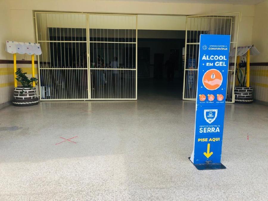 Volta às aulas na Serra com segurança para alunos e profissionais