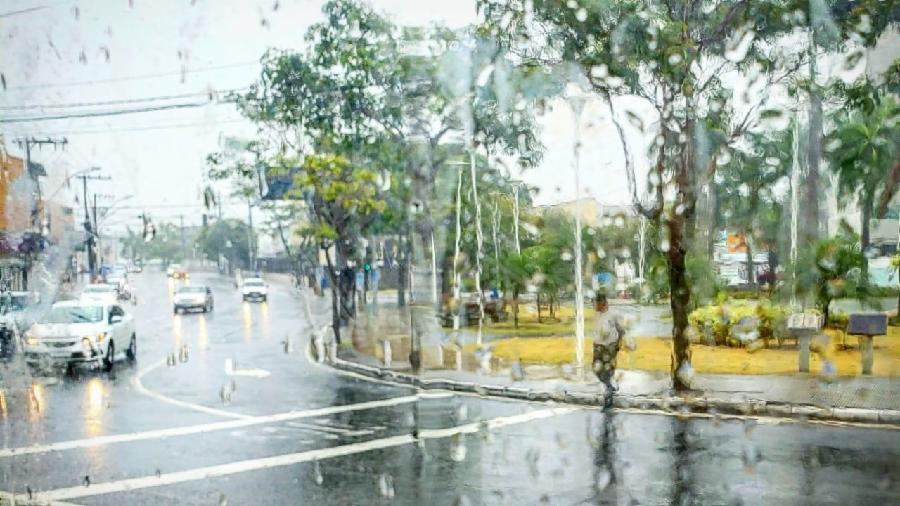 Departamento de Operações de Trânsito alerta para cuidados ao dirigir na chuva