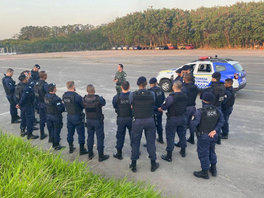 Guarda Municipal faz curso de direção policial e condução de emergência