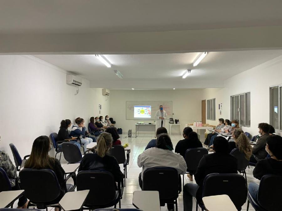 Servidores da Saúde participam de palestra sobre saúde emocional em tempos de pandemia