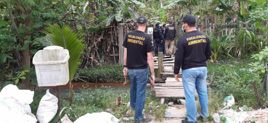 Fiscalização combate ocupação irregular em Hélio Ferraz