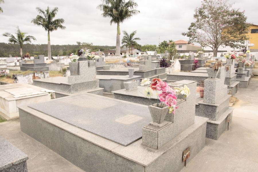 Cemitérios da Serra preparados para visitas no Dia de Finados