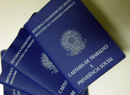 Sine da Serra disponibiliza 74 vagas de emprego nesta sexta-feira (27)