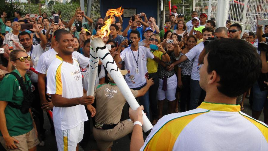 Cerca de 20 mil pessoas assistem a passagem da Tocha pela Serra