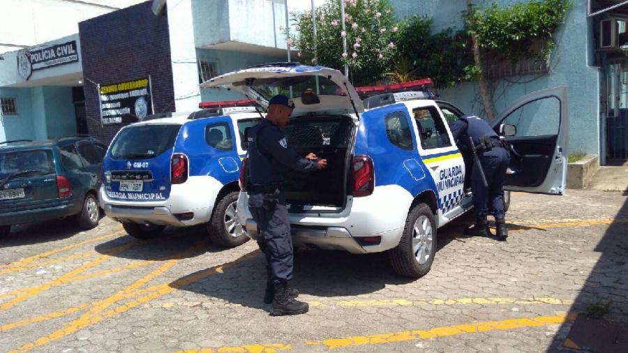 Guarda Municipal recupera veículo roubado após perseguição e troca de tiros