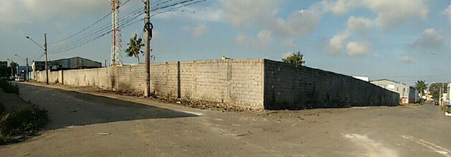 Prefeitura limpa ponto viciado de lixo em São Diogo