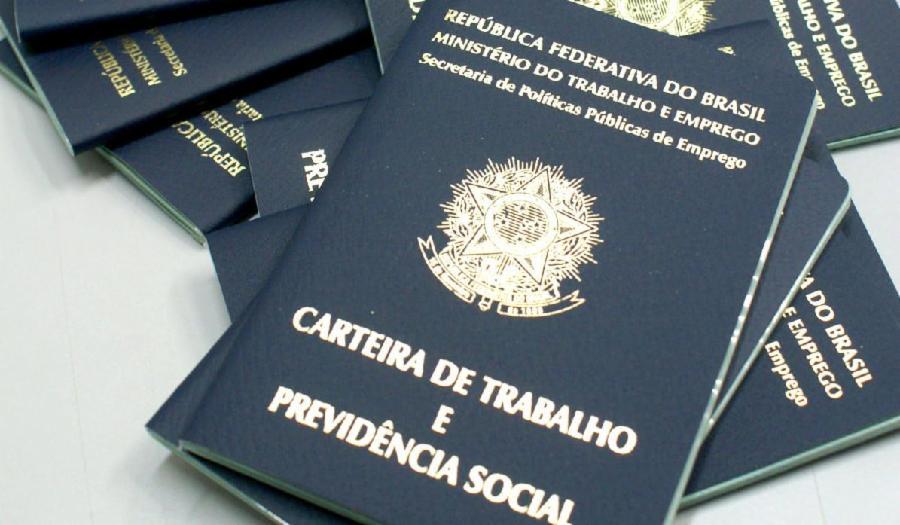 Serra lidera criação de empregos no Estado