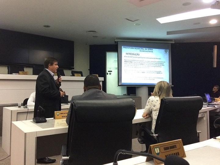 Secretário da Fazenda apresenta números do primeiro quadrimestre à Câmara Municipal