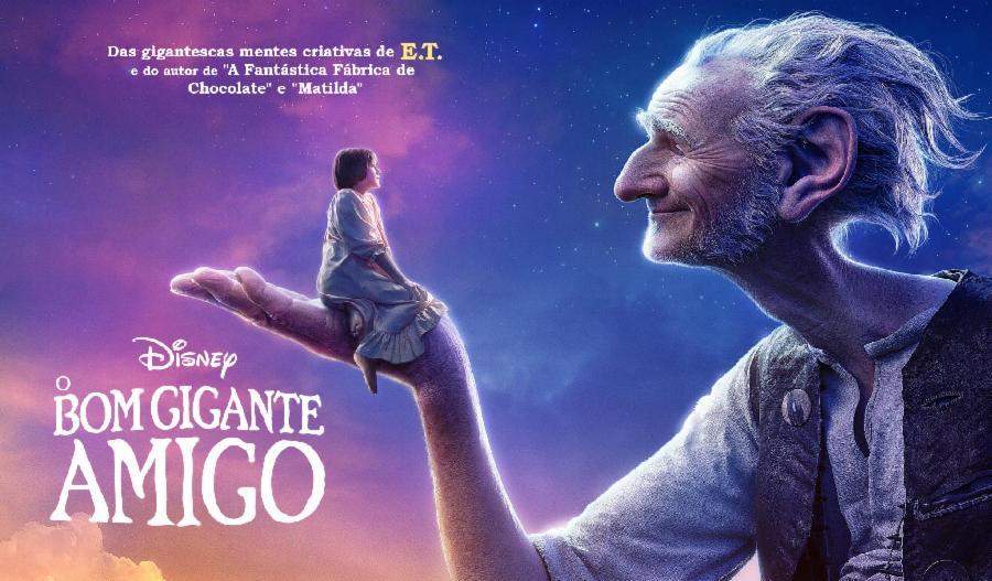 Cinema de graça para a comunidade em Planalto Serrano nesta terça-feira (8)