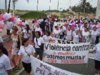 Marcha pelo fim da violência contra a mulher em Laranjeiras