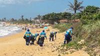 Limpeza permanente nas praias da Serra neste Verão